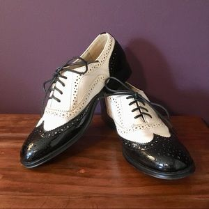Wanted Babe - Black and White Wingtip Oxfords